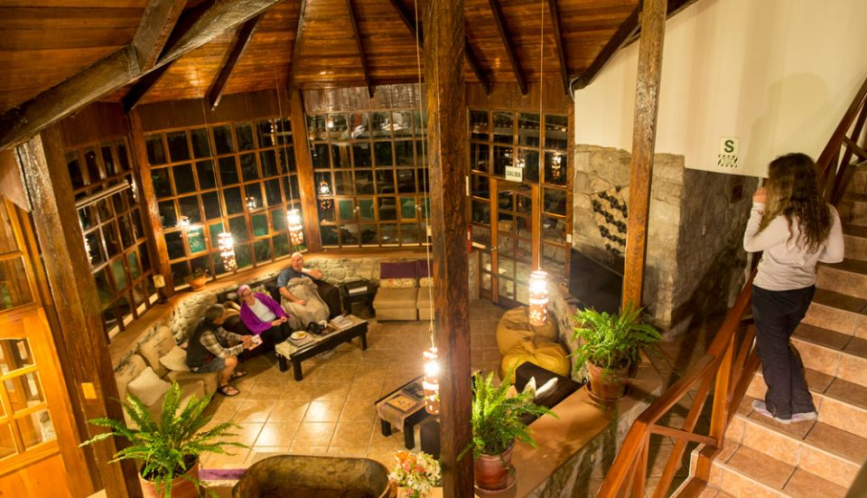 The great room in Lucma Lodge -- an inviting gathering spot to prepare for the next day's journey